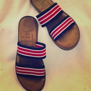 Mad Love Size 6 Flat Sandal in Red, White and Blue
